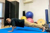 shoulder-touch-pushup
